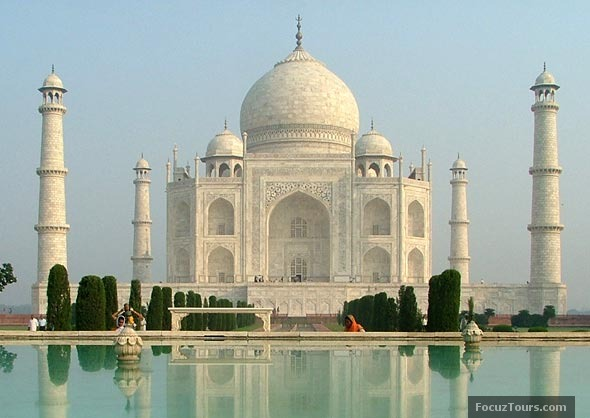 an introduction to architectural beauty of famous indian landmarks