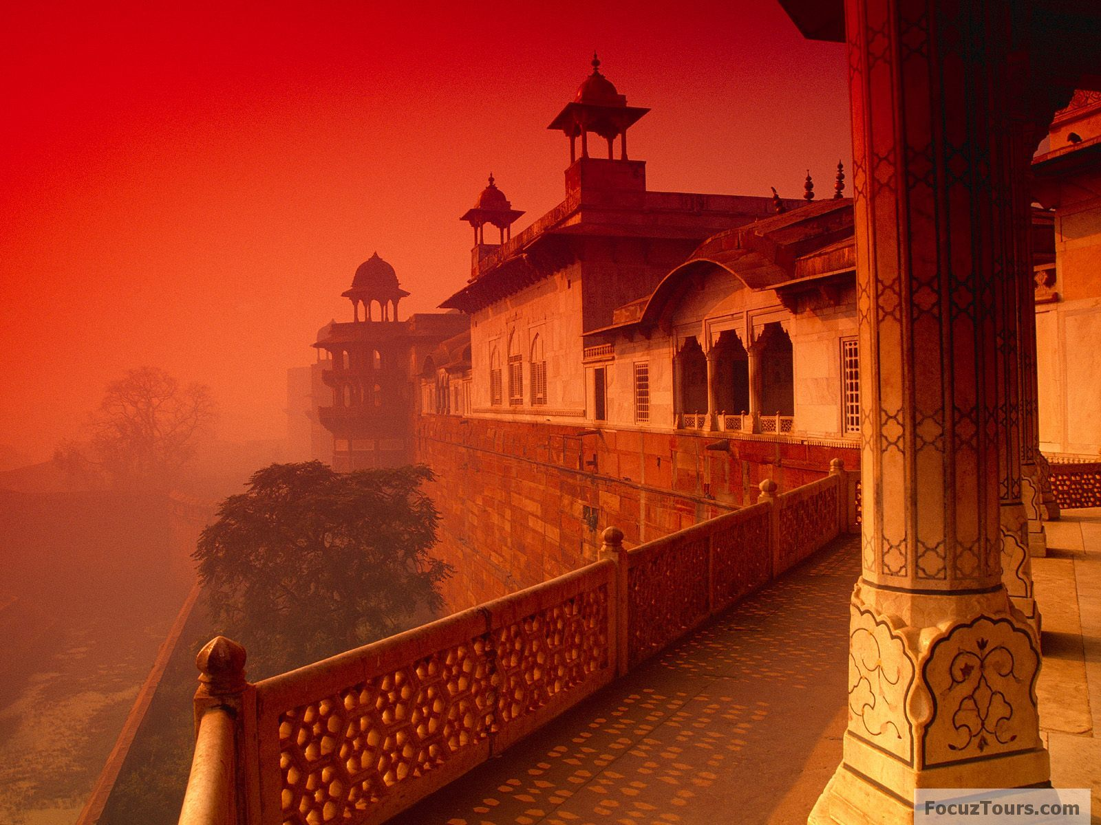 Indian taj mahal famous indian landmarks list for Special landmarks