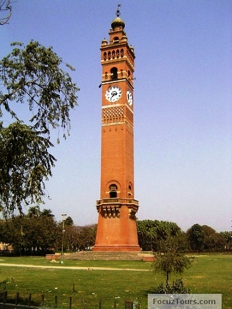 Names of historical buildings in india famous indian for Names of famous towers