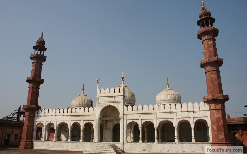 moti-masjid-agra.jpg